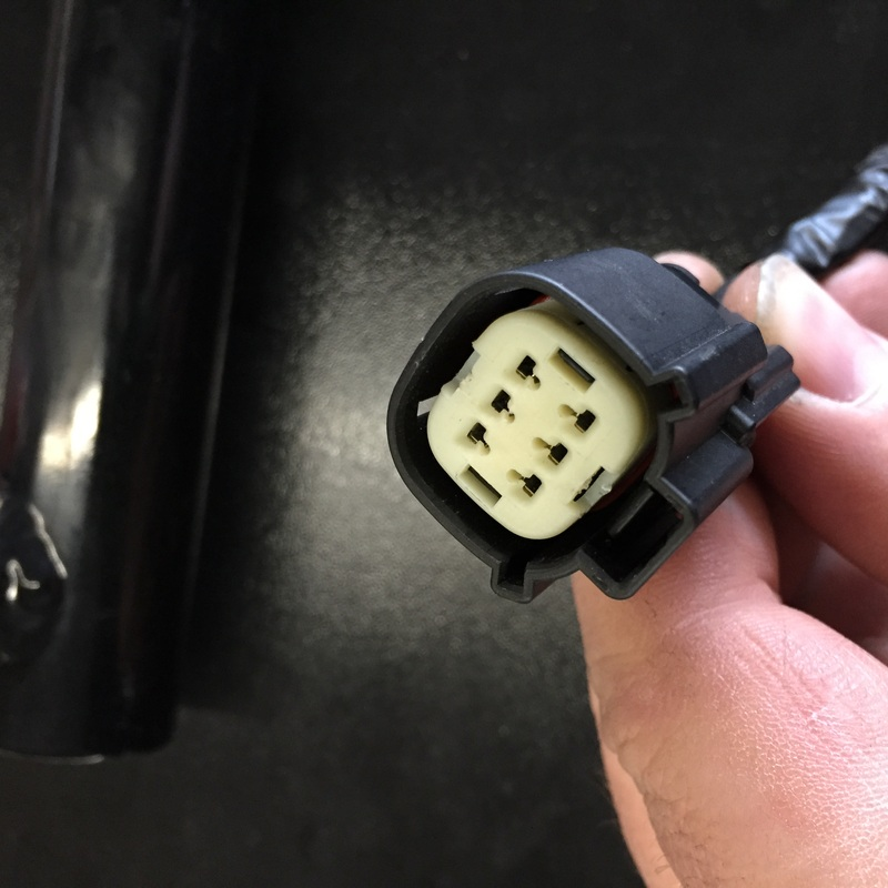 here is the plug as it looks when you first unplug it  this is from a 2015,  earlier years look slightly different but the procedure is the same